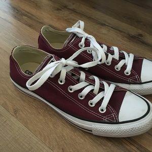 Size 8 Maroon Converse